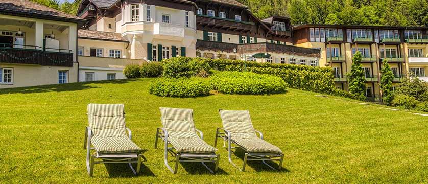 Hotel Billroth, St. Gilgen, Salzkammergut, Austria - relaxation area in the garden.jpg